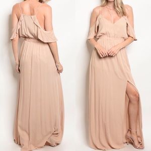 LAST1️⃣//NUDE COLD SHOULDER MAXI DRESS